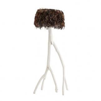 Comprar lámpara de pie etnica con plumas y madera tropical de Teka blanca de Vical