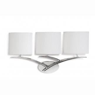 Aplique de pared cromo triple pantalla blanca eve mantra