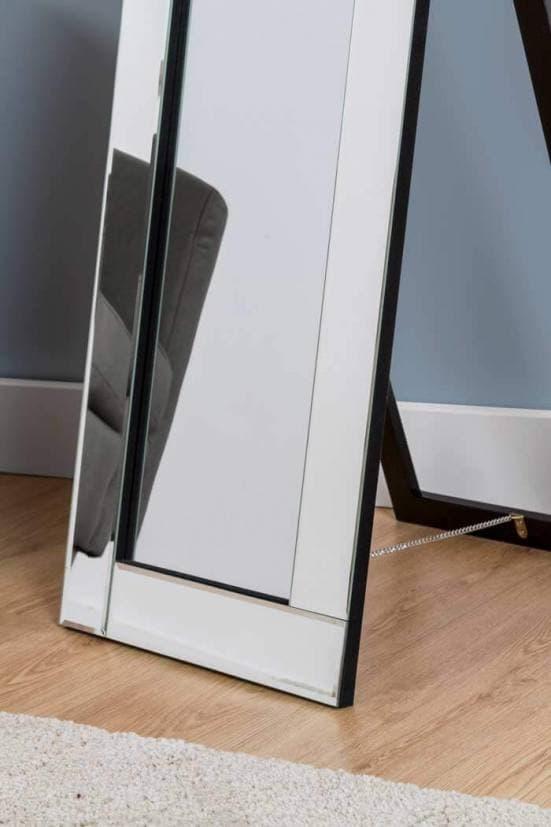 Espejo de pie con marco de espejo 1