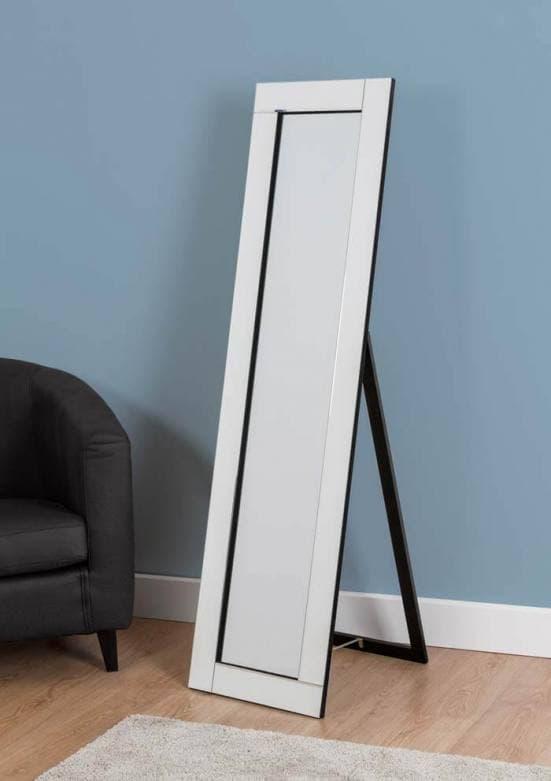 Espejo de pie con marco de espejo 2